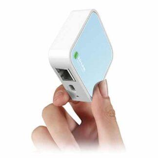 TP-LINK (TL-WR802N) 300Mbps Wireless N Mini Pocket Router