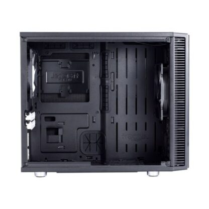Up to 4 HDD/SSD